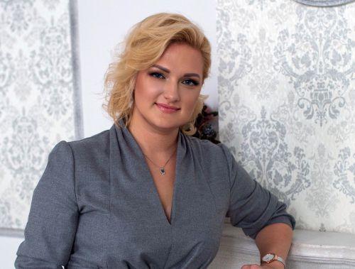 Elena Grande matchmaker